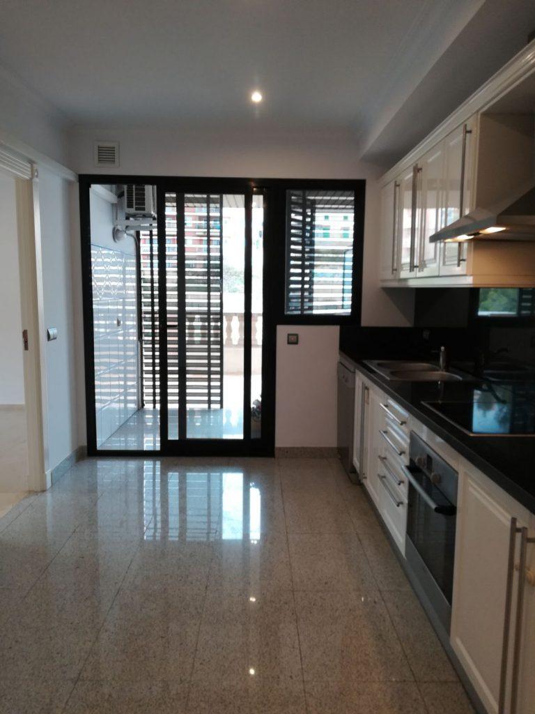23016 Küche 3