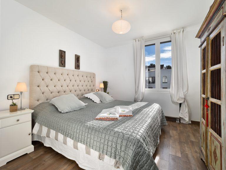 33019 Schlafzimmer 2