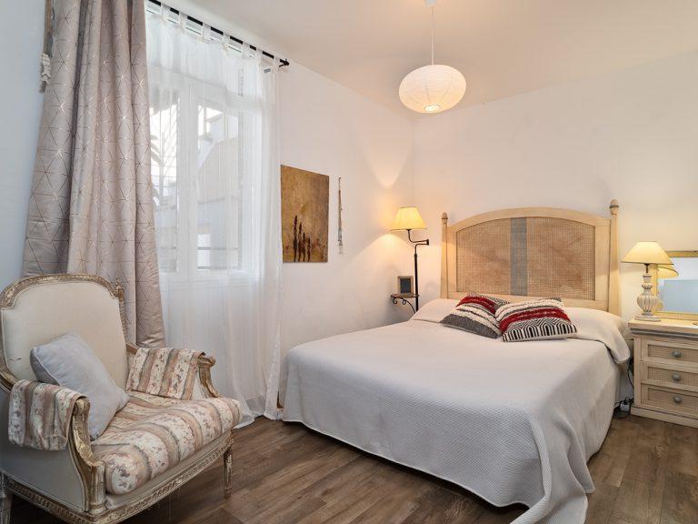 33019 Schlafzimmer