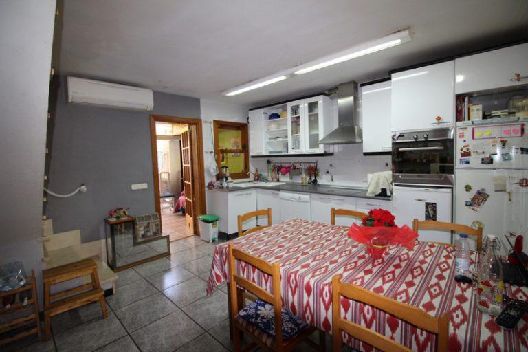 33020 Küche