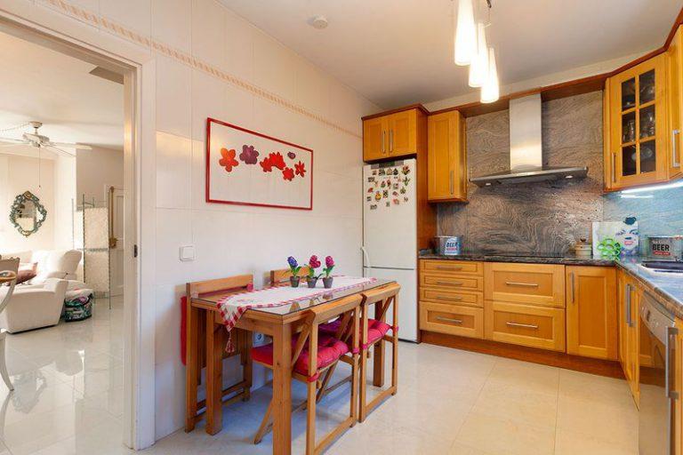 33021 Küche
