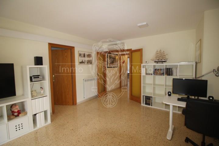 M-13051 Arbeitsplatz im Wohnzimmer